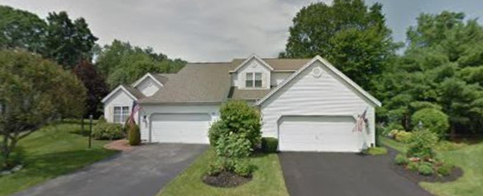 Featured: 21 Hyland Ct, Troy, NY 12182
