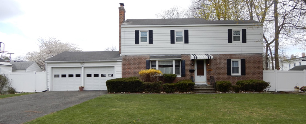 Featured: 605 6th Ave, Troy, NY 12182