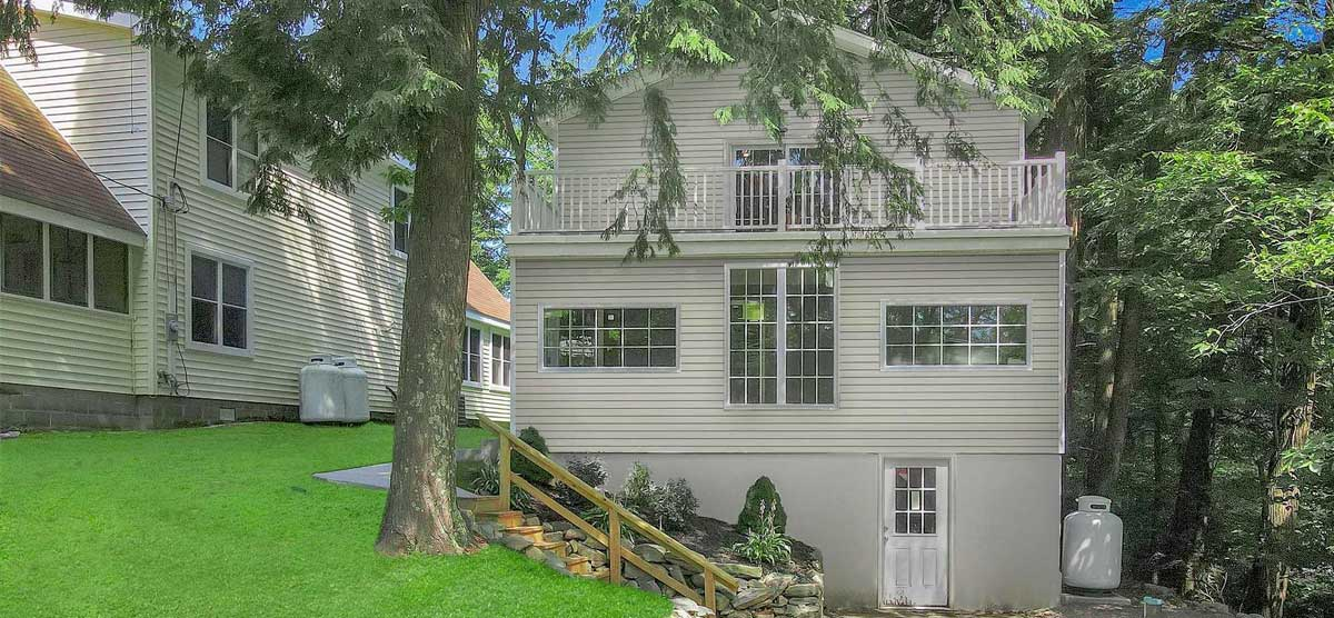 Featured: 25 North Shore Rd, Grafton, NY