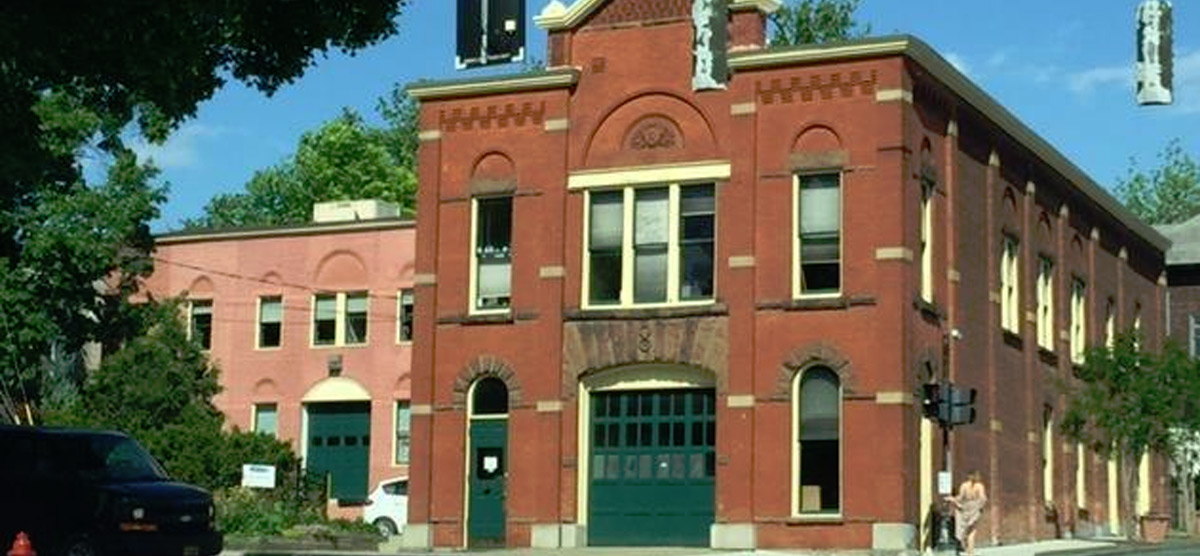 Commercial: 302 10th St, Troy, NY